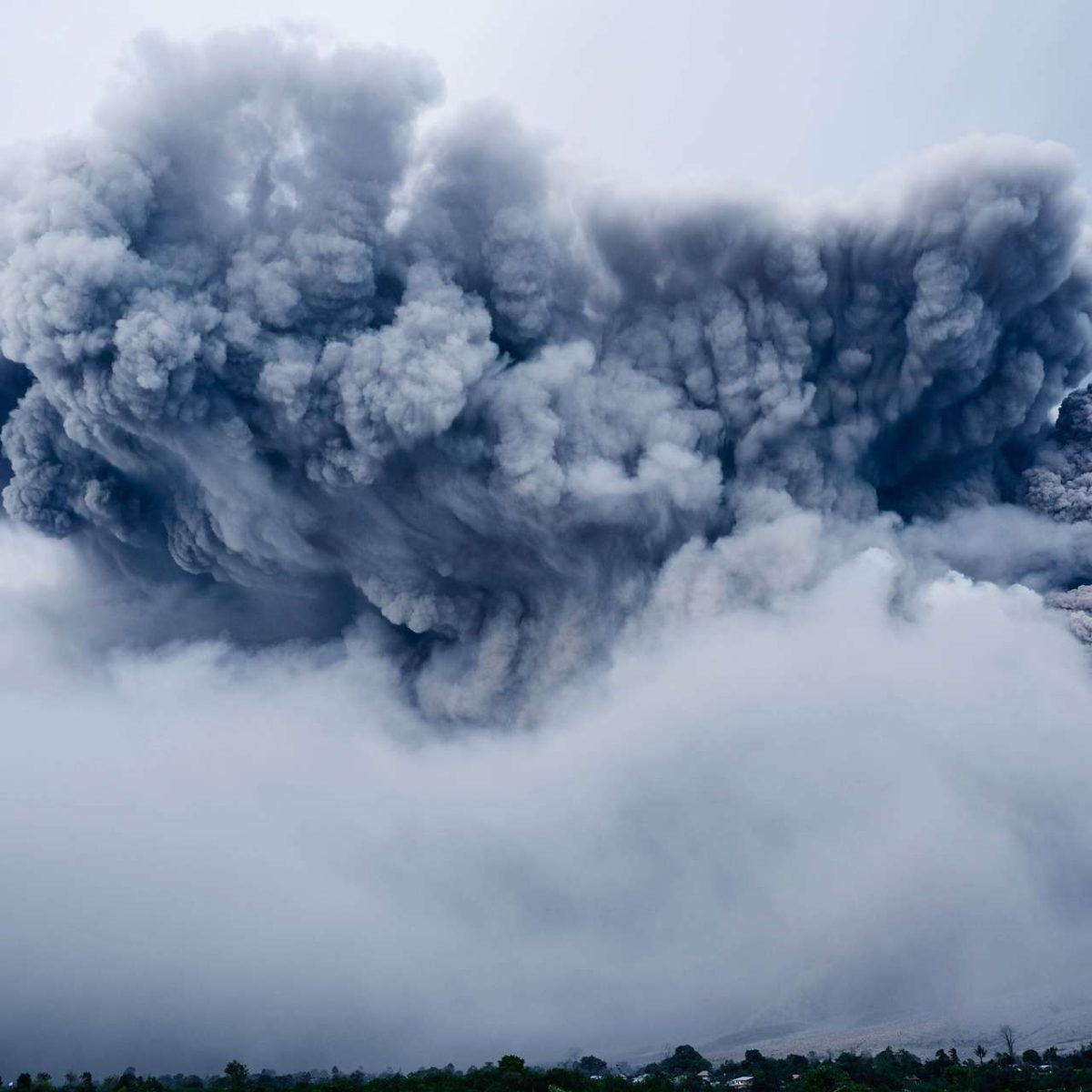 Pył wulkaniczny – jak działa w kosmetykach?